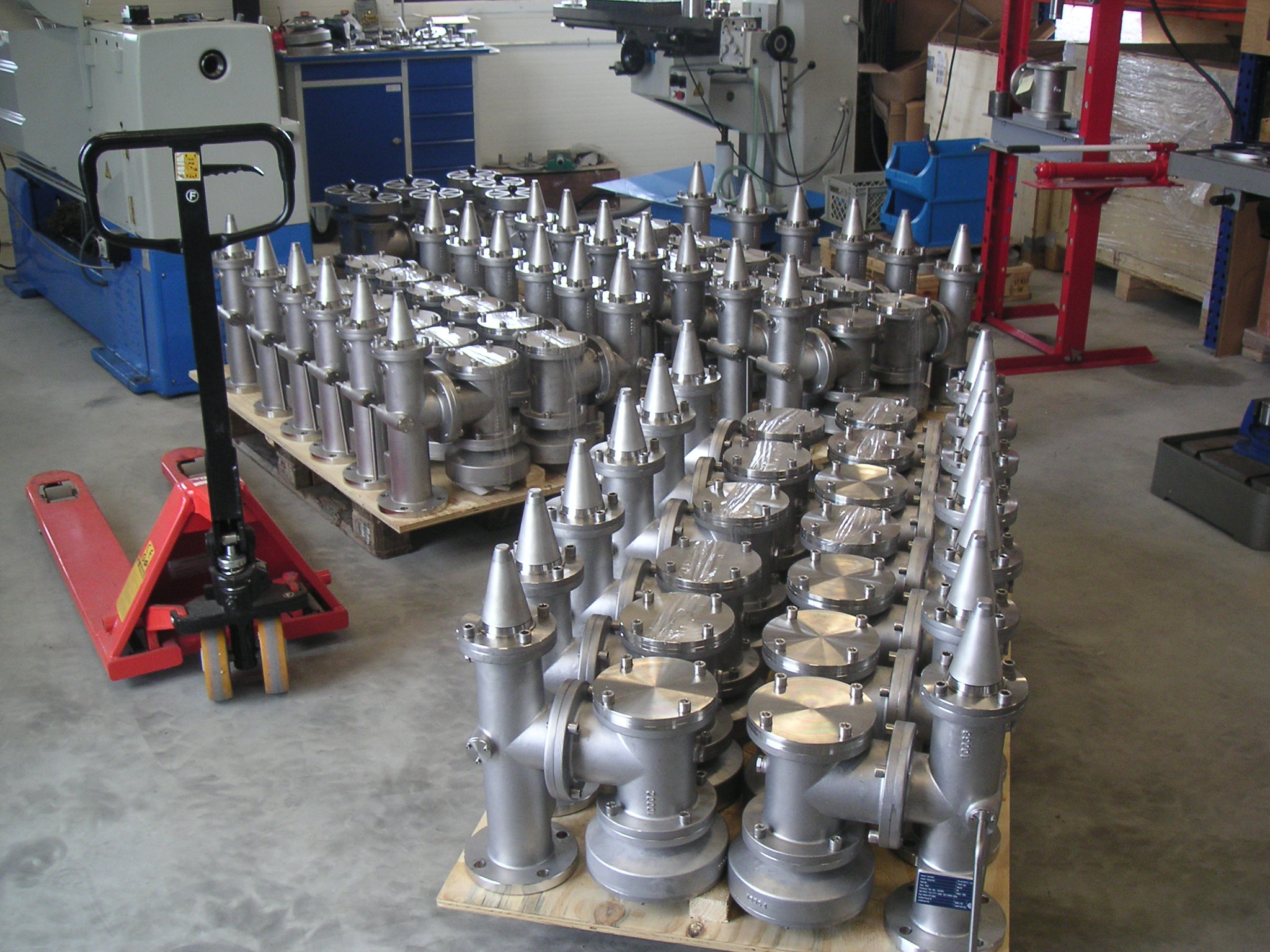 IMG_0279-e1397401077637-768x1024  Products Valves 006